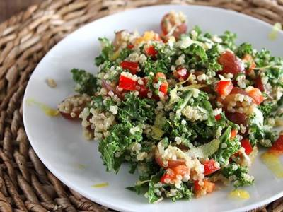 Kale and Red Pepper Quinoa